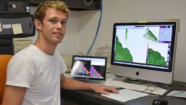 <p> 	A Cawthorn Cambridge intern at BIOS using hyper-spectral imagery to map the reef communities around the globe.</p>