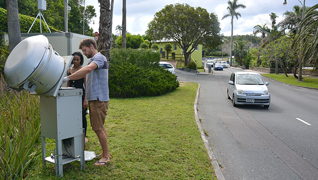 <p> 	Monitoring Bermuda's air quality at East Broadway in the city of Hamilton.</p>